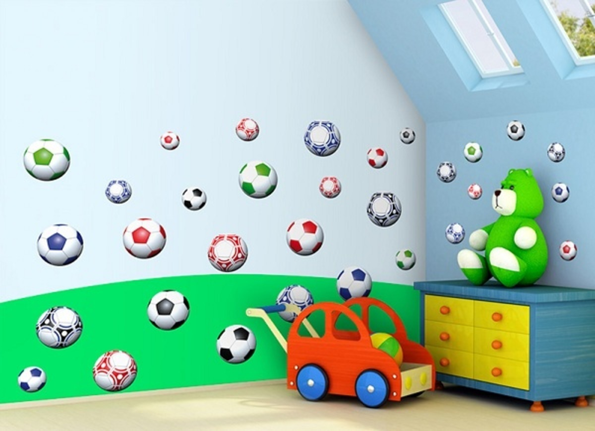 Samolepky na stenu - futbalové lopty 0,5m2