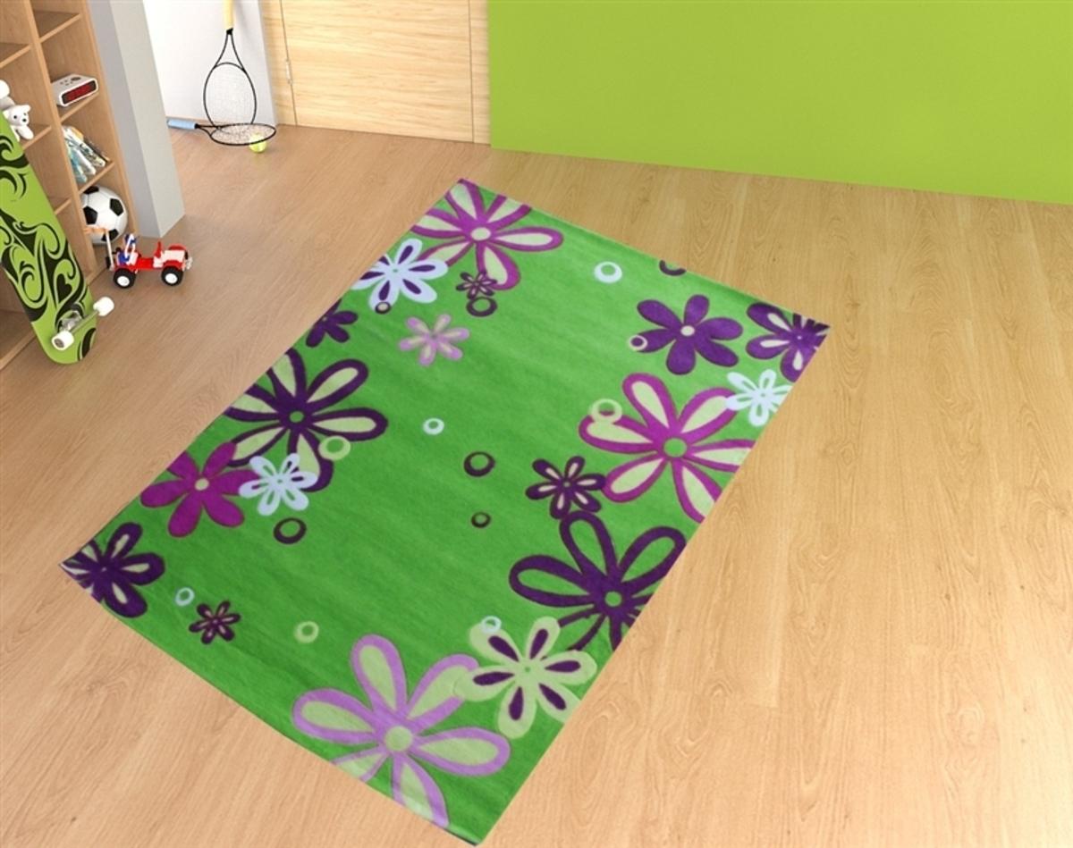 Detský koberec - zelená lúka 140 x 200 cm