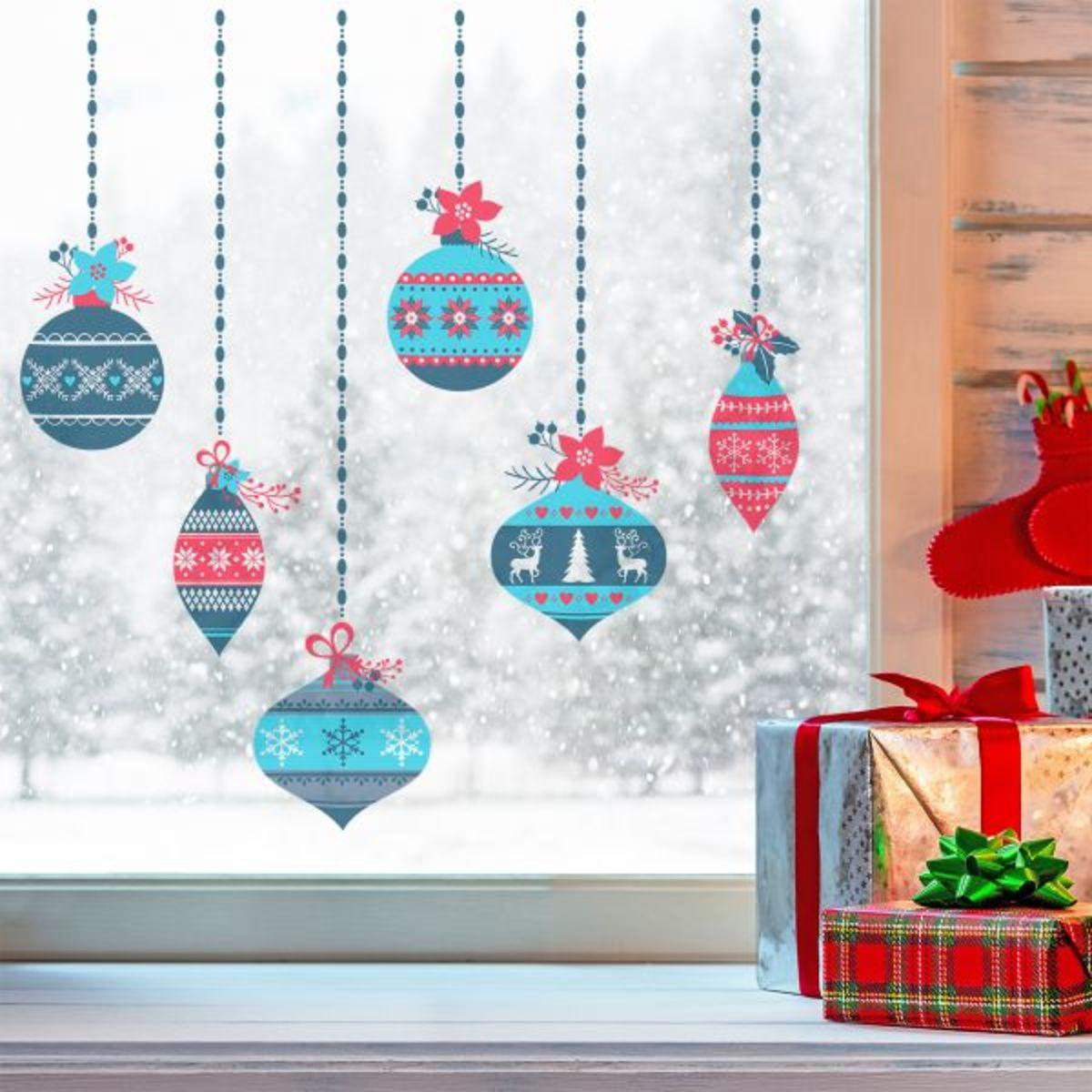Samolepky na okno - vianočné gule 40 x 60