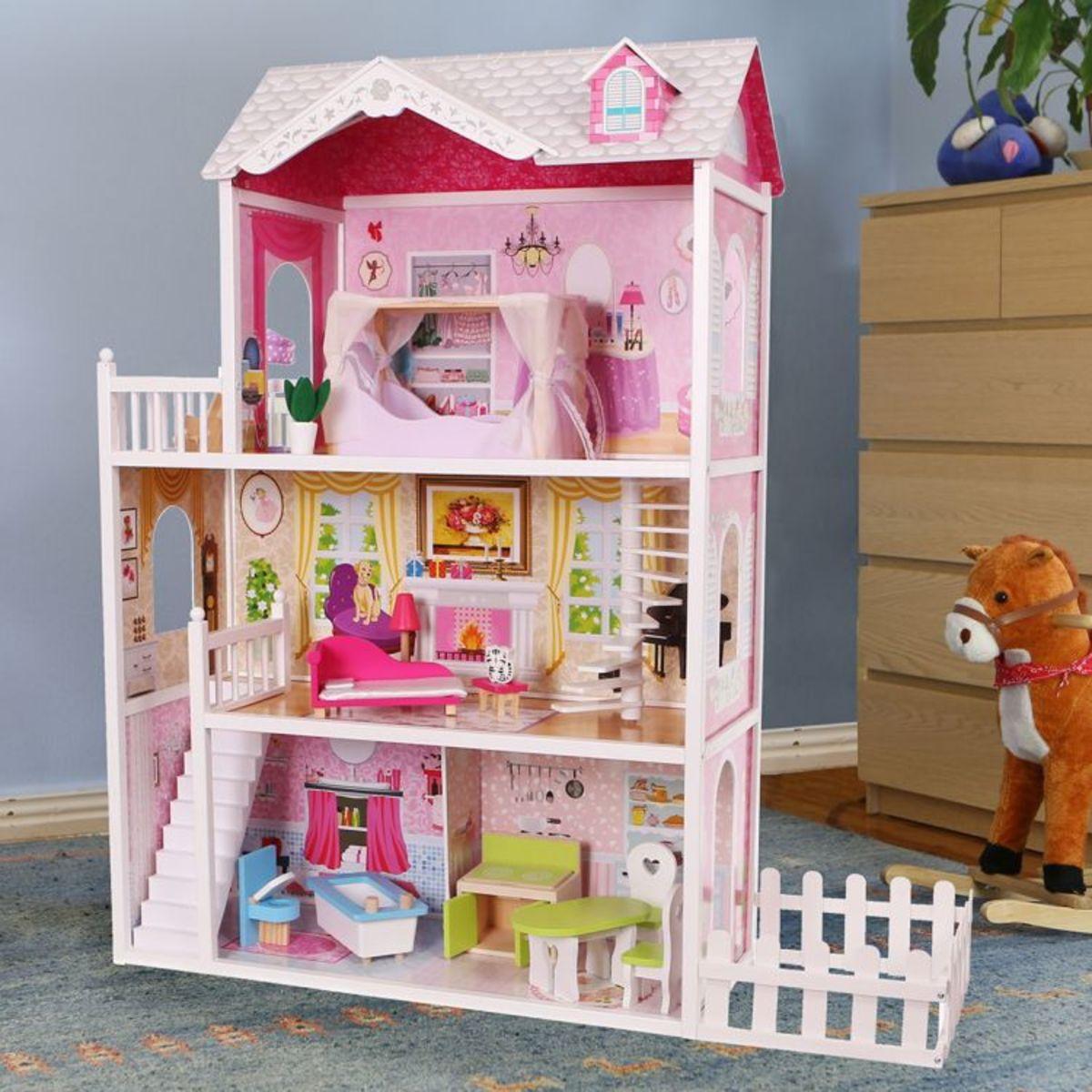 Drevený domček pre bábiky California