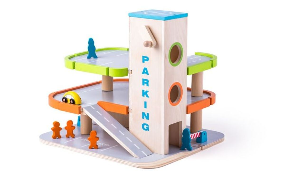 Drevené parkovisko s výťahom Parking garage playset