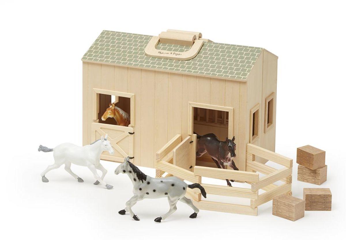 Drevená stajňa s výbehom - 4 kone Stable set