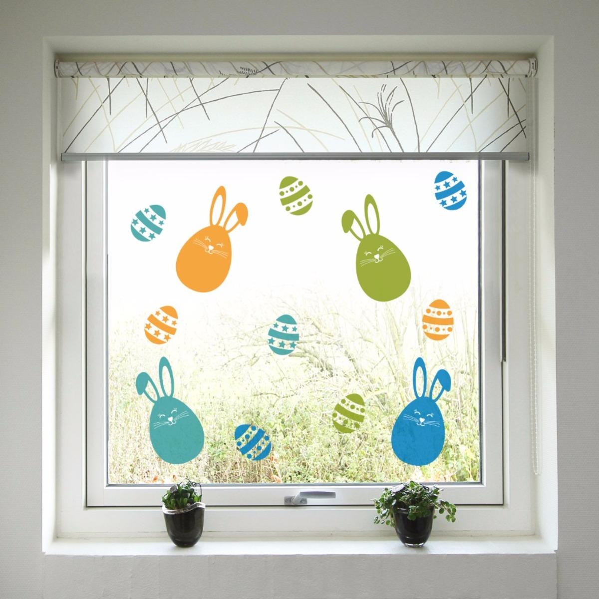 Veľkonočná dekorácia na okno - farební zajačikovia a kraslice 60x40