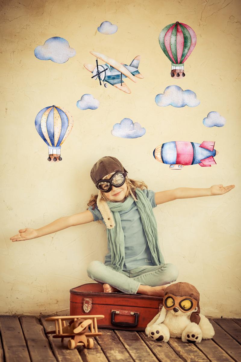 Dekorácia na stenu - balóny a lietadlá