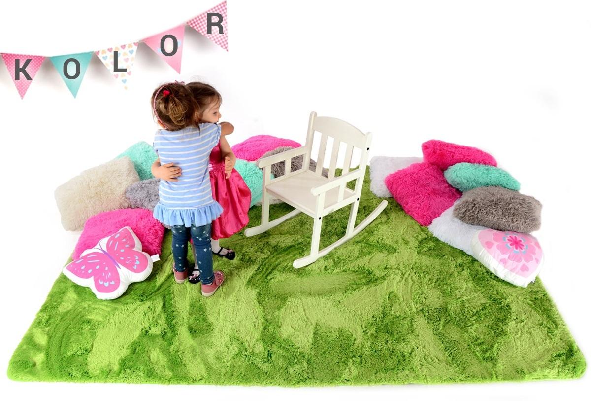Detský plyšový koberec - LÚKA 140 x 200 cm